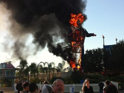 These are photos of Big Tex burning on the grounds of the Texas State Fair. If you have photos or videos, email them to us at news@abc13.com <span class=meta>(iWitness reports)</span>